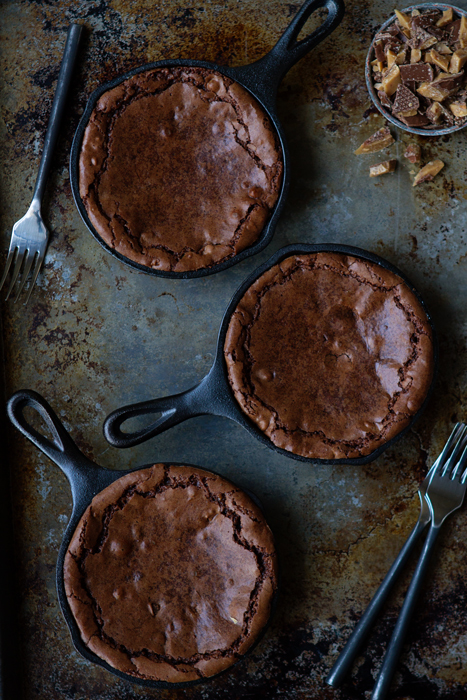 Skillet Brownies Recipe | My Baking Addiction - image #1807750 by ...