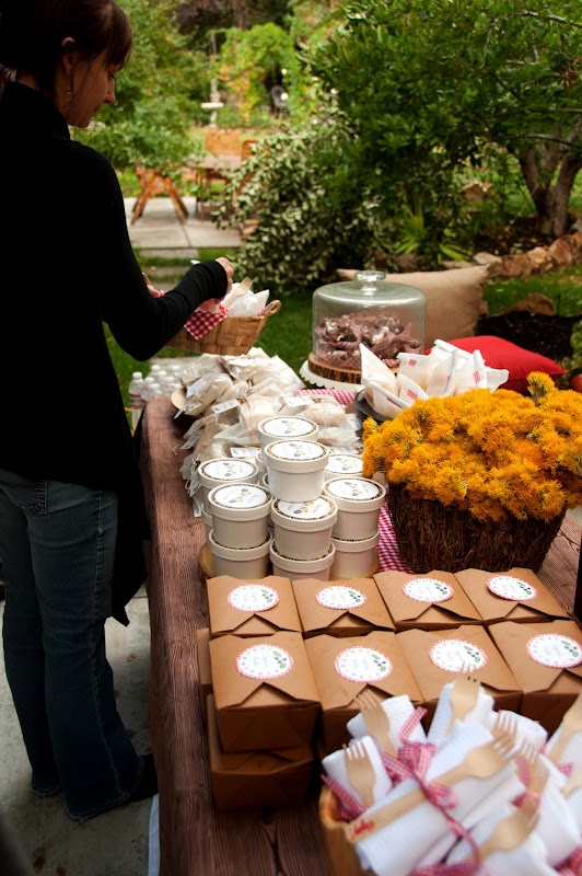 Pin by t on party spreads pinterest image 1857520 by for Meal outdoors