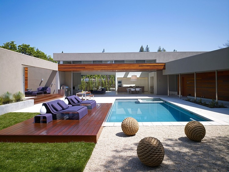 Wonderful Modern Home Exterior Design With Small Outdoor