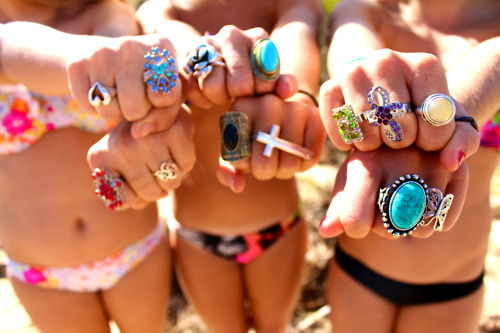 best friends, fashion, girl, ring, summer, tan