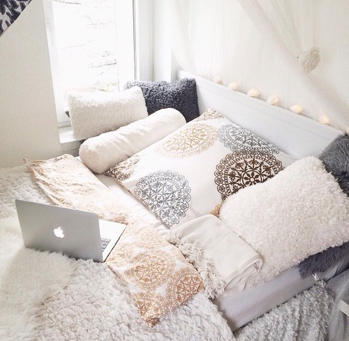 Beautiful bed decor home sweet home inspiration love for Chambre we heart it