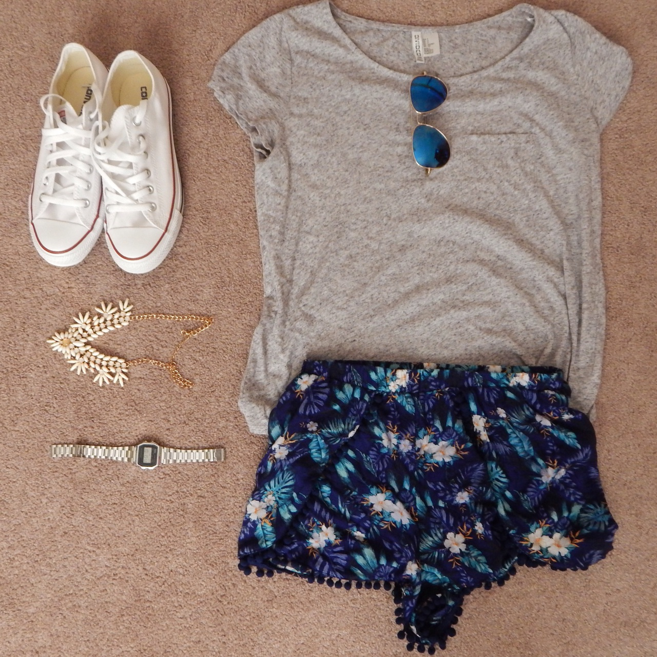 all star, all stars, aviator, casio, clot, converse, fashion, fashionista, flowy top, h&m, hq, necklace, outfit, outfits, summer, sunglasses, top, watch, white, low converse, grey top, casio watch, mirror sunglasses, pom pom shorts, ootd