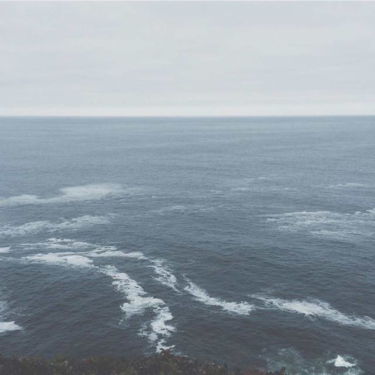 aesthetic, autumn, blue, freedom, good vibes, grunge, horizon, nature, pale, photography, sea, stay positive, style, tumblr, vintage, waves
