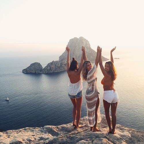 blonde, boat, brunette, cliff, clothes, clothing, friends, friendship, girl, girls, hair, jump, ocean, rocks, sea, smile, tan, tanned, view