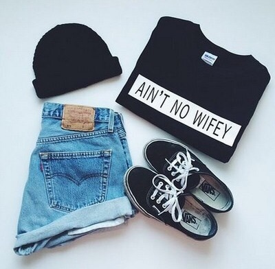 benaie, black t-shirt, black vans, clothes, jeans, short, style, t-shirt, vans, blcak, fashion summer outfit