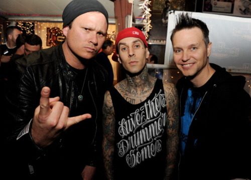 adorable, amazing, beautiful, blink 182, blink-182, boy, boys, cap, cute, eyes, fashion, guy, guys, hair, image, male, perfect, photo, photography, smile, style, tatoo
