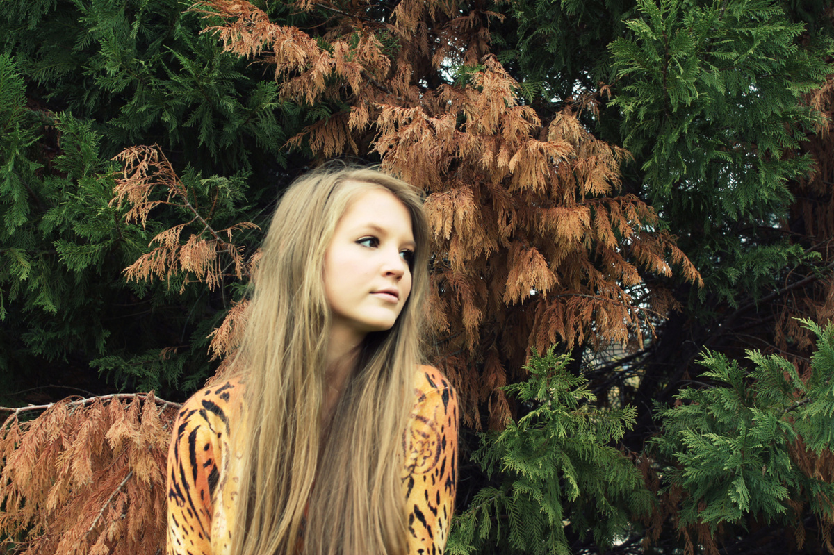 animal print, blonde, blonde hair, eyes, girl