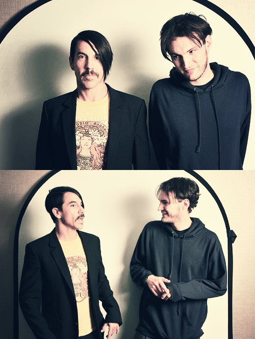 anthony kiedis, josh klinghoffer, red hot chili peppers