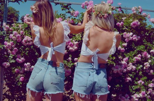 aww, blonde, cute, cutest, denium shorts, fashion, flo, flowers, friends, girl, girls, highwaist, hipster girls, hot, jeans, models, nieznane, pants, photography, pretty, przyjaciele, shorts, summer