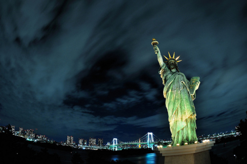 aww, city, cute, iloveny, lights, love, new york, night, nyc, photo, photografy, statue of liberty, times square