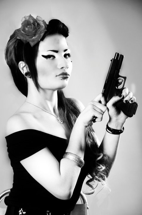 bad girl, black eyeliner, dangerous, girl, glamour, gothic cholita, gun, hot, liquid eyeliner, photography, pierced, pin-up, revolver, rock, style, vintage