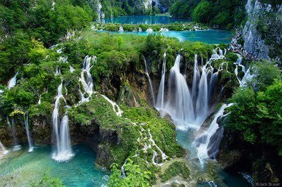 beautiful-croatia-nature-photography-plitvice-lake-Favim.com-315718.jpg