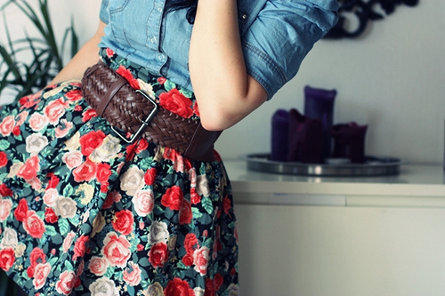 belt, blue, bolero, fashion, flower, girl, jacket, red