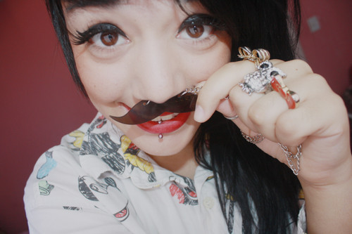 bigode, cute, girl, mustache, smile