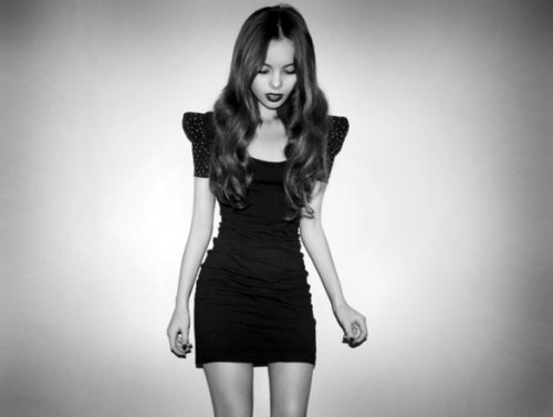 black and white, dress, fashion, girl, hair, legs, model, pretty, skinny, thin, thinspo
