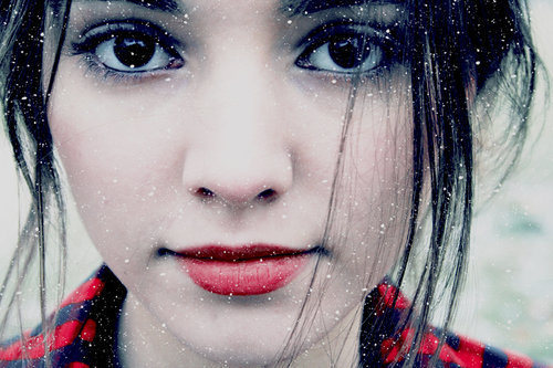black eyes, black hair, cold, eyes, girl, hair, ice, lips, lipstick, perfect, pretty, red lips, snow