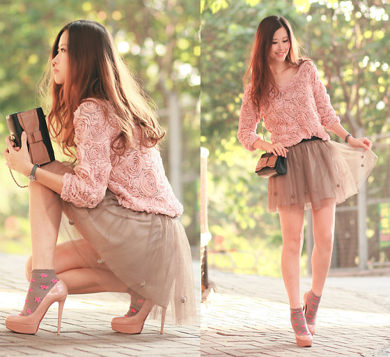 angela, beautiful, boats, bow purse, dress, fashion, girl, hair, look, lookbook, model, modern, nude pumps, outfit, photography, pink, pumps, purse, shoes, skirt, socks, street, style, top, trendy, urban