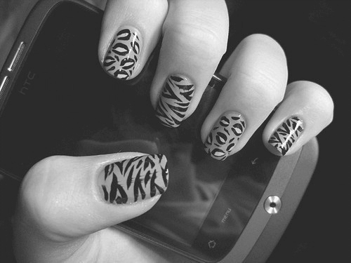 animal print, b&w, black and white, finger, fingers, hand, leopard, leopard print, nail, nail art, nail polish, nails, zebra, zebra print