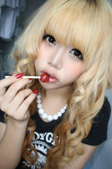 asian, asian fashion, blonde, cute, gyaru, hair, japanese fashion, kawaii, lollipop