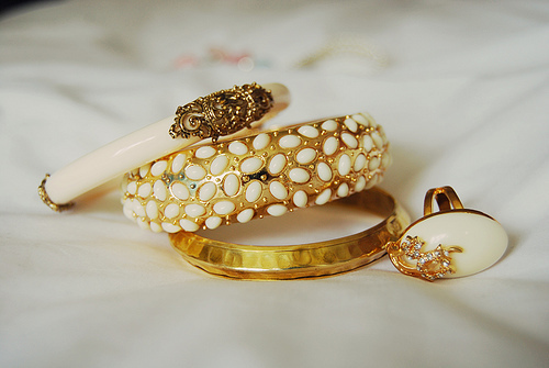beautiful, beauty, bracelet, cute, fashion, girl, girls, girly, gold, golden, light, nature, photography, pretty, rings, sweet