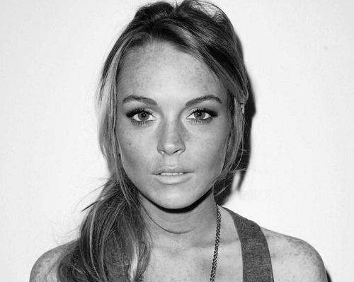 beautiful, black and white, celebrity, lindsay lohan, lindsey lohan