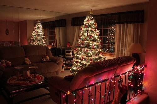 Beautiful christmas christmas tree cool house image House beautiful christmas trees