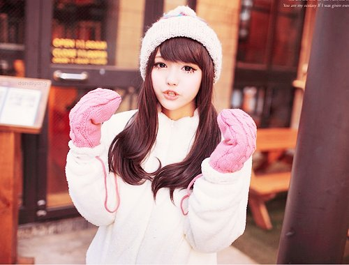 beautiful, cute, cuteness, eyes, fashion, female, girl, gorgeous, hair, hat, holiday, kawaii, kfashion, model, photography, pretty, uljjang, ulzzang, wig, winter