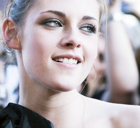 beauty, black and white, green eyes, kristen, kristen stewart