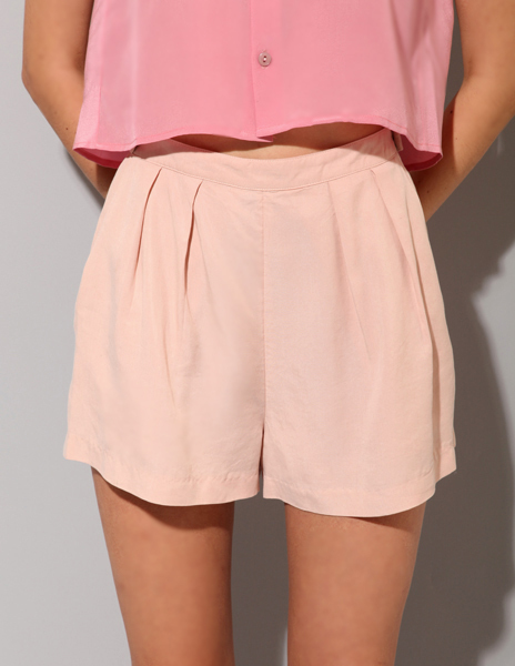 beige, body, fashion, girl, half body, half-body, legs, model, pink, pose, short, shorts, slim, style, top