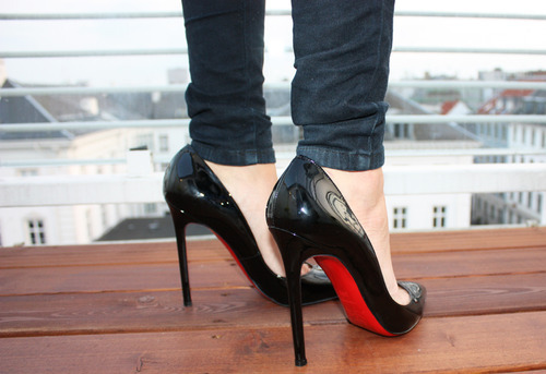black, fashion, high heels, platforms, shoes