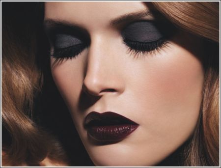 black lips, gothic makeup, lips so dark, make up, malgosa bela, party, smokey eyes, smoky eyes