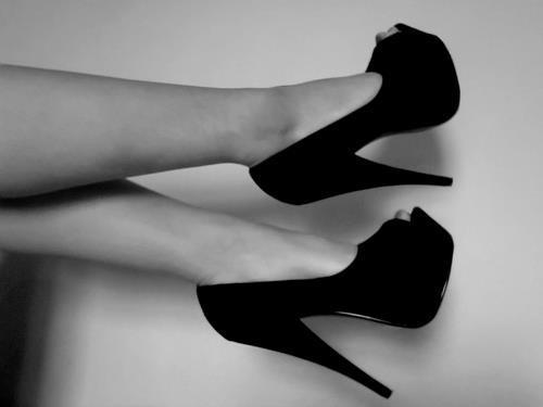 black n withe, heels, shoes