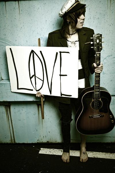 boy, chris drew love, christofer drew, christofer drew ingle, guitar