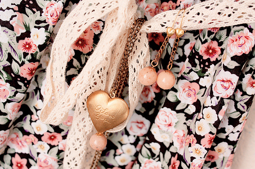 clothes, cute, fashion, floral, flowers, girl, girly, heart, jewlrey, love, nice, shirt, swag