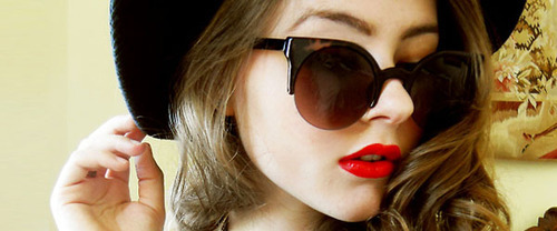 cute, girl, hat, lipstick, pretty, red lips, sunglasses
