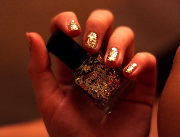 gold, golden, nail, nail polish, nailpolish