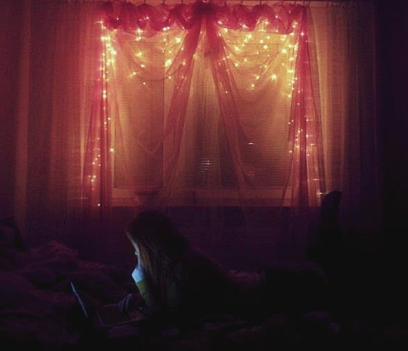 amazing, awesome, bad, beautiful, beauty, bed room, girl, hearts, lights, notebook, photo, photography, pink, room, sleep, suspension, view, window