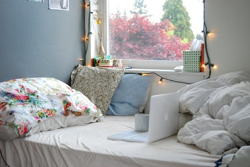 apple, bed, christmas, cute, dream, love, macbook, morning, room, sleep