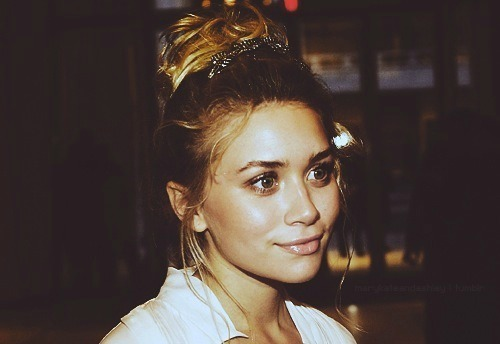 artsy, ashley olsen, cher lloyd, colourful, girl
