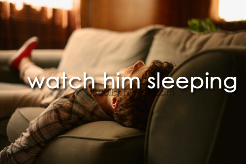aww, beautiful, before i die, boy, coisas, couple, fashion, film, him, looove, love, lovely, movie, quote, rain, sleep, sleeping, sweet, text, to do, to do list, todolist, typography, watch