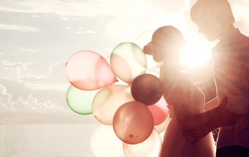 ballons, balloon, beautiful, boy, clouds, couple, cute, girl, light, love, photography, sea, sun