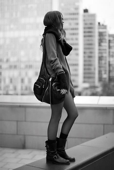 b&w, bag, beautiful, beauty, black and white, boots, stunning, wonderful, hair, flawless, perfection, fashion, buildings, long hair, classy, hosiery, model, cute, scarf, girl, new york, perfect, pretty, gorgeous, fashion model, building, lovely, coat