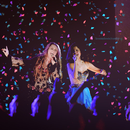 beautiful, bless, concert, cute, hannah montana, miley cyrus, my dream, photography, pretty, selena gomez