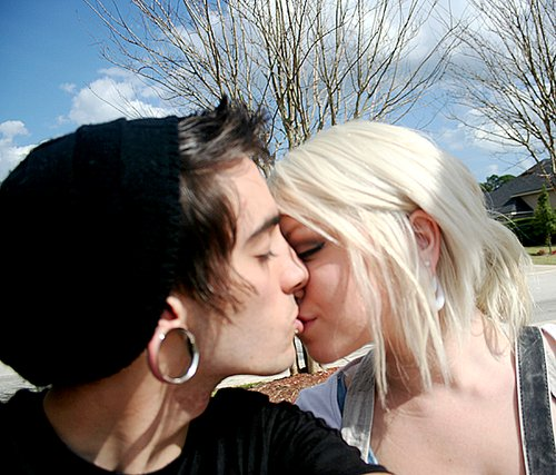 beautiful, boy, couple, cute, friend, friends, girl, guy, hair, handsome, hat, kiss, kissing, love, man, photo, photograph, photography, plug, plugs, pretty, stretched ear, tunnel