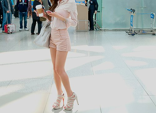 beautiful, clothes, drink, fashion, girl, hair, style, pretty, phone, outfit, shoes, high heels, heels, korean, korean fashion, kfashion, ulzzang