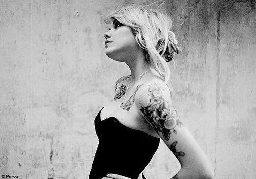black and white, blonde, girl, tattoo