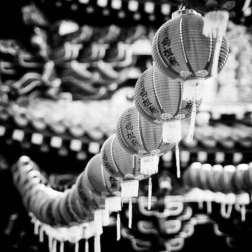 black and white, japan, japanese, lanterns, photography