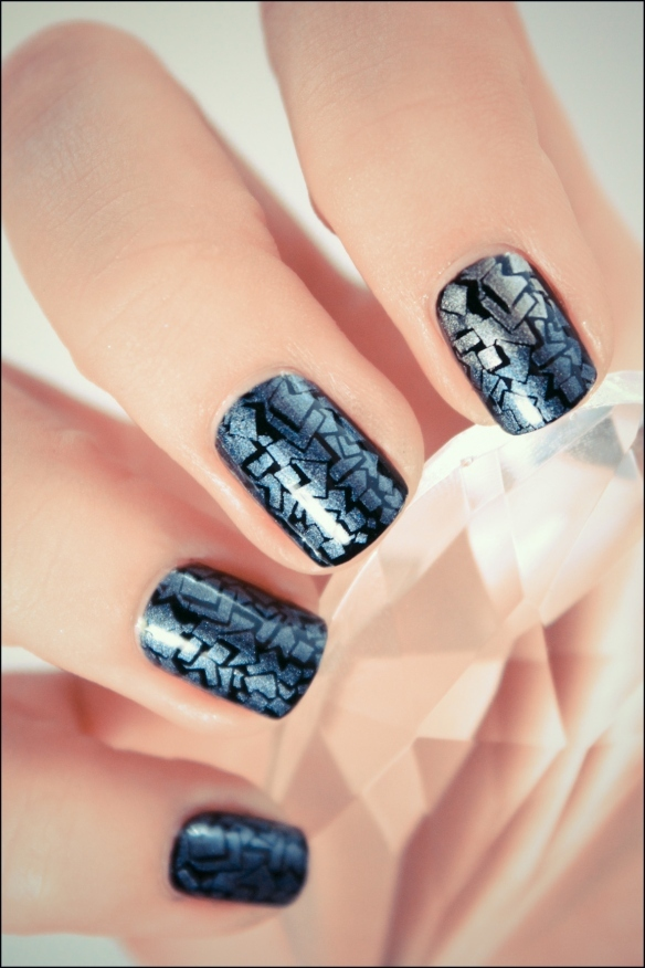 black, konad, nail art, nail polish, nailpolish, nails, pshiiit ...