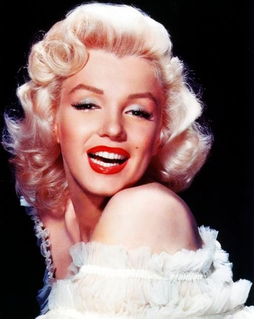 blonde, blondie, hair, icon, make up, marilyn monroe, perfect, red lips, retro, vintage