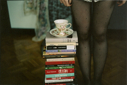 book, books, cute, dvd, fight club, hipster, indie, legs, livros, nailpolish, tea, tea cup